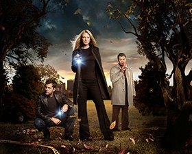 fringe_poster_02_top_tv-series.jpg