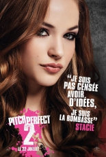 pitch_perfect_2_2015_poster_alexis_knapp.jpg