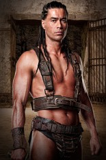spartacus_blood_and_sand_pic14.jpg