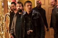 the_house_jeremy_renner_steve_zissis_pic03.jpg